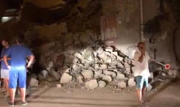 4 по Рихтер в Италия взе две жертви, има разрушения