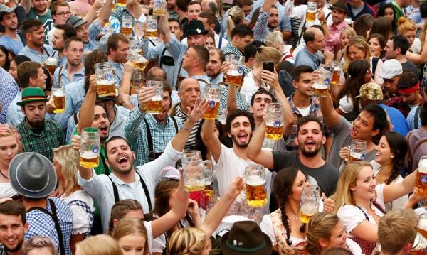 За едни бира на корем, за други – 128 лв. заплата на ден! Къде ли?