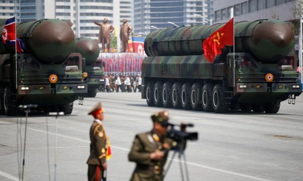 Ким Чен Ун нареди: Повече бойни глави за балистични ракети!
