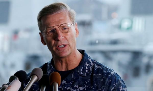 Освободиха командващия VII американски флот след инциденти с бойни кораби