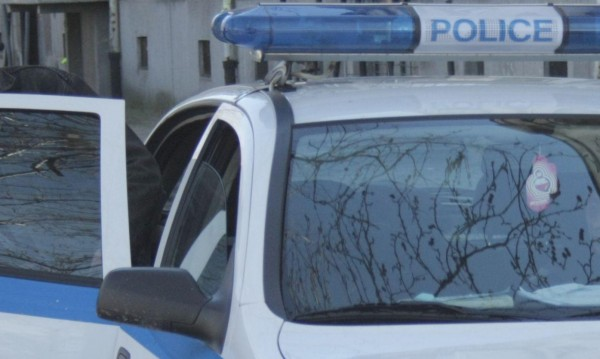 Стреляха по лек автомобил в Айтос, няма пострадали