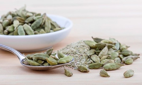 12 здравословни ползи от кардамона