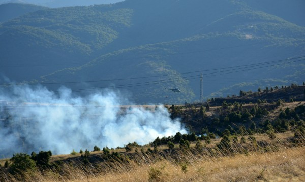 Жандармерията се включва в гасенето на огъня край Кресна