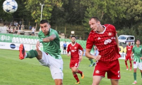 На юбилейното дерби: ЦСКА разби Берое, оглави класирането