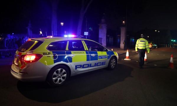 Задържаха още един за нападението над полицаи в Лондон