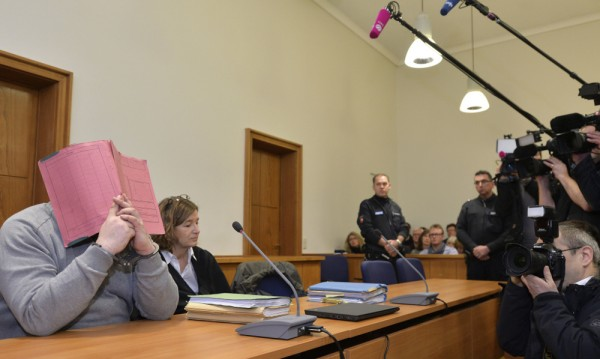 Медик, осъден в Германия, заподозрян за 84 убийства
