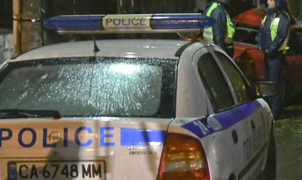 След скандал в Карловско: Камъни, бутилки, стрелба...