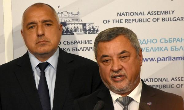 """Симеонов ласкае: """"Борисов 3"""" – триумф за външната политика"""