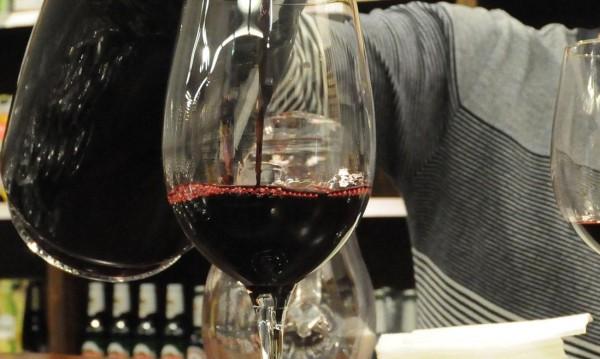 И гроздето, и виното ни тази година – много добри!