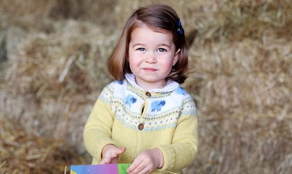 Принцеса Шарлот – по танцовите стъпки на баба си