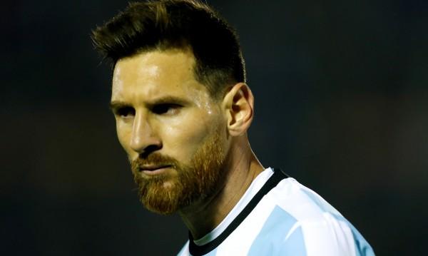 Меси си тръгва от Барселона без пари, разочарован е
