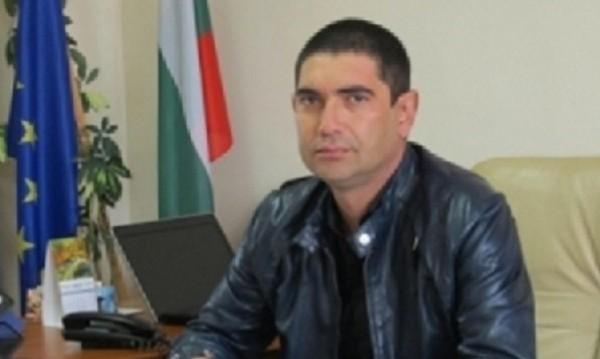 Лазар Влайков подал оставка като шеф на общинския съвет