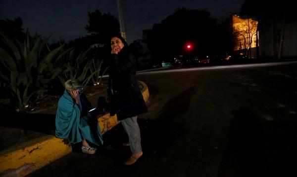 Най-малко две жертви на труса с магнитуд 8 в Мексико