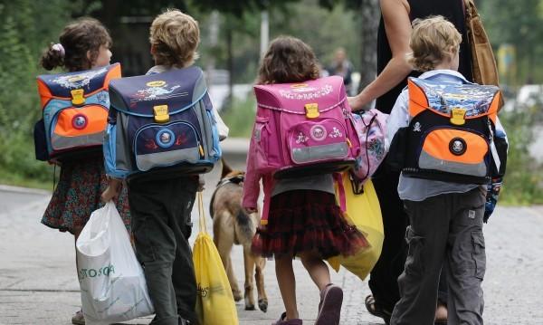 Следвайте указанията: Ученическата чанта – не по-тежка от 4 кг
