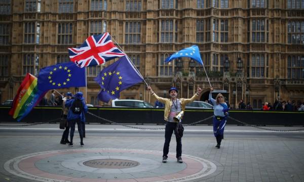 В британския парламент: Отмяна на европейското законодателство
