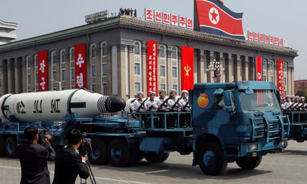 Режимът в Северна Корея се крепи на... руския петрол