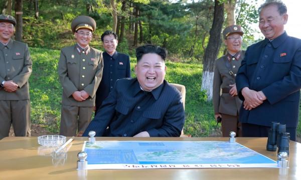 Пхенян има средствата да достигне Гуам – ракетата летя 3700 км