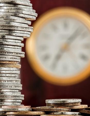 Кой си купува облигации със 100-годишен падеж