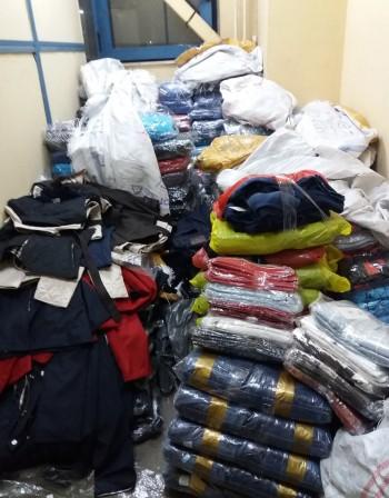 """Митничари хванаха голямо количество дрехи на """"Дунав мост"""""""