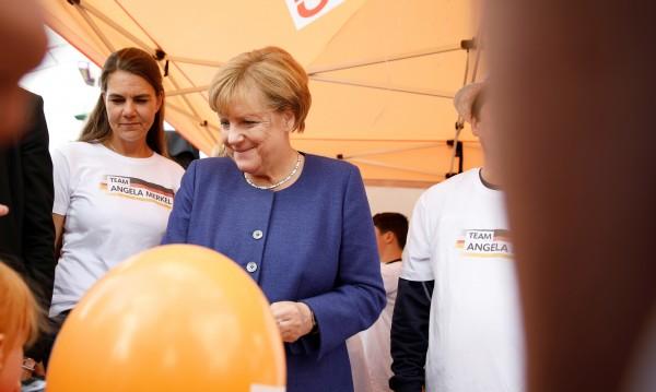 Лява коалиция? Меркел: Германия не може да си го позволи!