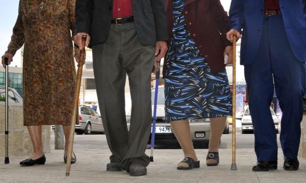 Не е от хубав живот: 8% от пенсионерите ни – на работа