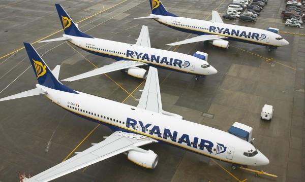 Ryanair не удържа на думата си: Отмени полети от и до София