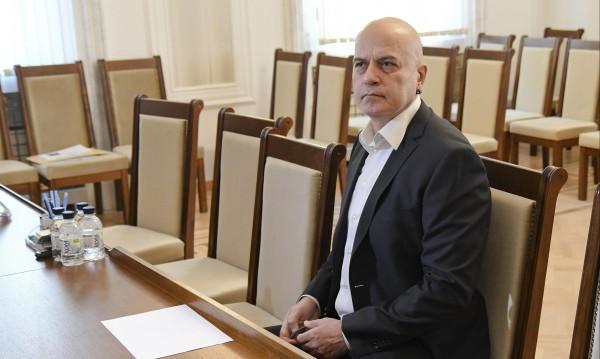 Политикът Слави: Заплаха за БСП, за ГЕРБ. И любов, и омраза!