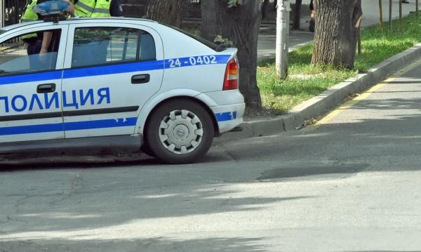 Шестима в ареста: Пребиха мъж, изпочупиха колата му