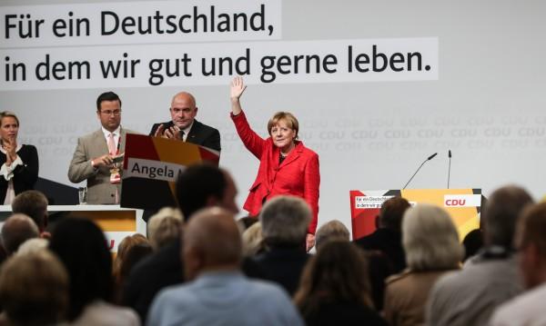 Социолози: Меркел и либерали в коалиция след вота