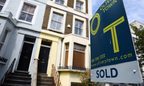 Младите британци правят все повече компромиси с жилищата си