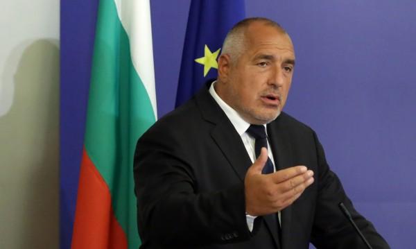 Борисов иска разчети: Как, кога и с колко да вдига пари на военни и полицаи