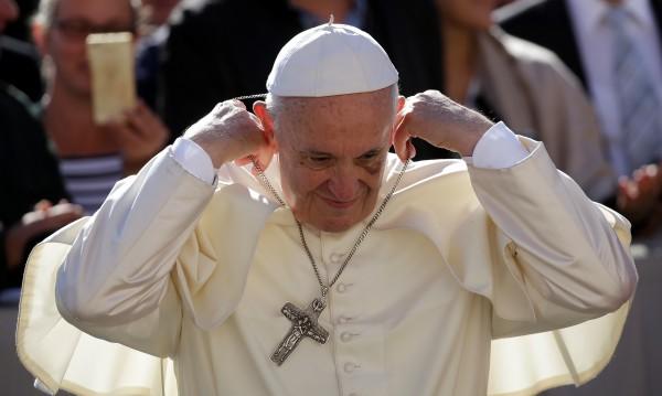 Папата се закани на отчетата педофили: Нулева толерантност!