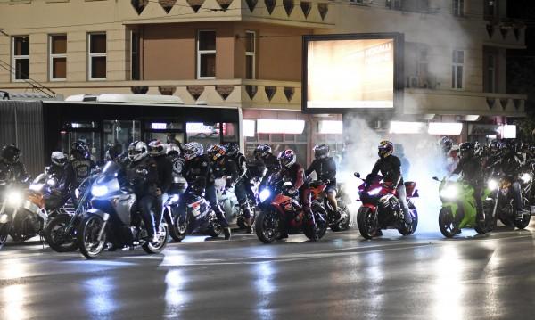 Мотористи ще почетат загиналите си колеги с нощно каране в София