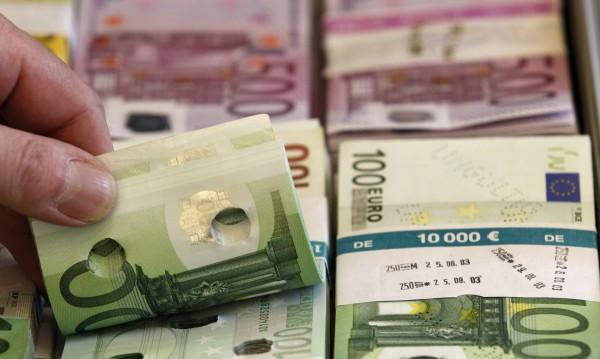 Колонизира ли западният капитал Източна Европа?