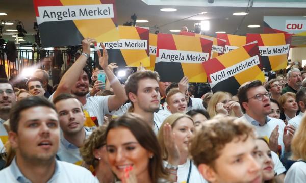 Без изненади в Германия, Меркел с трета поредна победа