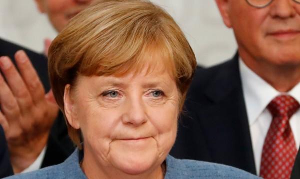 Меркел разочарована от резултата, Шулц призна загубата