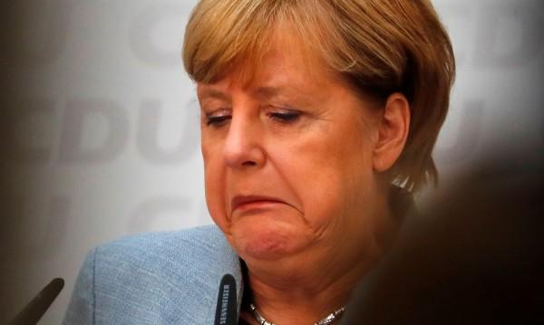"""Индипендънт"": Меркел роди плашещо отроче – пак нацисти в Райхстага"