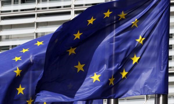 Брюксел прибира оръжията срещу Полша