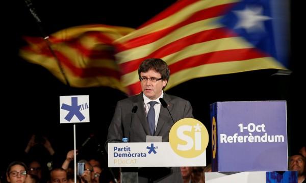 Каталунският лидер Пучдемон заплашен със затвор