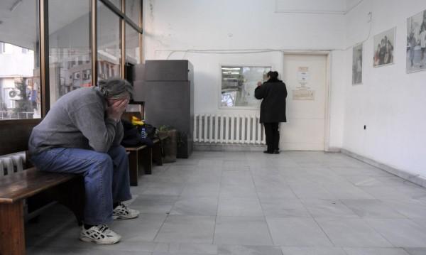 """Лекарите срещу шефа на """"Пирогов"""" заради заплати"""