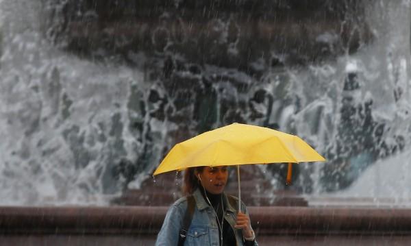 Сряда идва с облаци и дъжд – навсякъде в страната