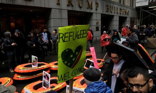 САЩ приемат чувствително по-малко бежанци