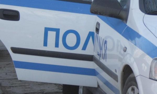 Джип и автобус са се ударили край София, пострадали са шофьорите