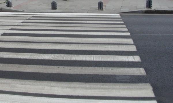 Убийство на пешеходна пътека: Кола помете жена в София
