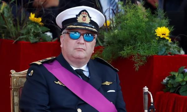 Глобяват белгийския принц Лоран с 46 000 евро