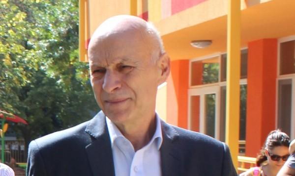 Оставка след оставка в Община Хасково заради... кмета
