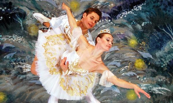 """Руски балет на лед с """"Лешникотрошачката"""""""