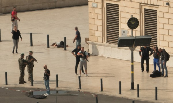 ИД пое отговорност за атаката с нож в Марсилия