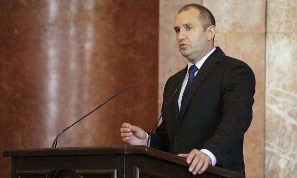 Президентът Радев атакува: ГЕРБ търсят битка с мен! Ще я получат!