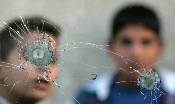 И това се случва! Детска банда чупи и бие в центъра на София